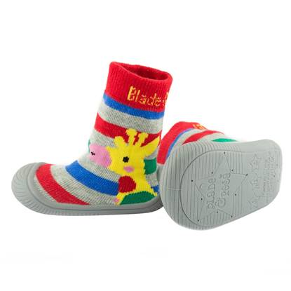 Picture of giraffe sock shoes