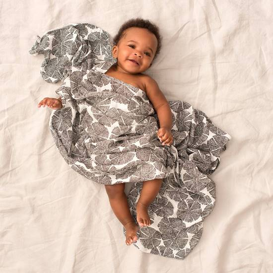 set-3-copertine-swaddle-silky-soft-in-motion-2